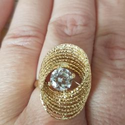 Stylish gold ring 585 sample.