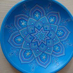 Τοποθετήστε το διακοσμητικό φαντασία σε μπλε χρώμα