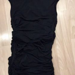 Φόρεμα με ανοικτή πλάτη