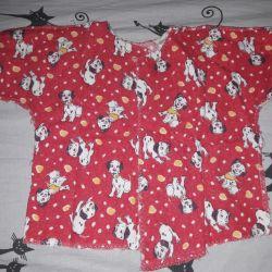 Yeni doğmuş bebek için bebek kıyafetleri