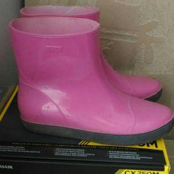 Rubber boots, pink, brand comfortable.