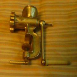 Meat grinder 1983