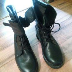 Bertsa leather OMON boots