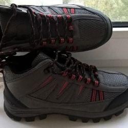 New Winter Sneakers 37