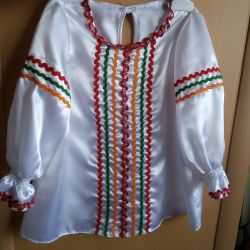 Slavic style blouse
