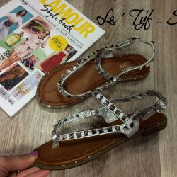 Sell new sandals