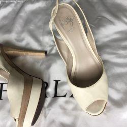 Sandale, nat. Piele, Italia, 39r., Schimb / vânzare