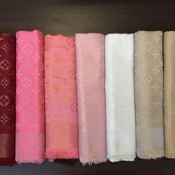 LV shawls with lurex