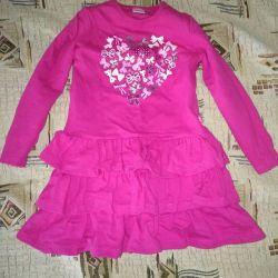 4 yıl elbise
