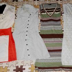 Τα φορέματα είναι νέα και καφέ. 40-42