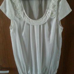 Μπλουζάκι Zarina ρομαντικό λευκό μετάξι 46-48r