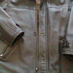 Куртка кожаная весна.осень.зима.  50-52 размер