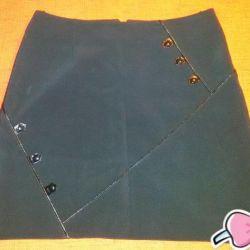 A new skirt, r. 46