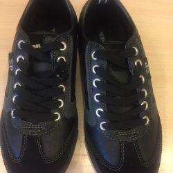 Αθλητικά παπούτσια νέο μέγεθος unisex 37