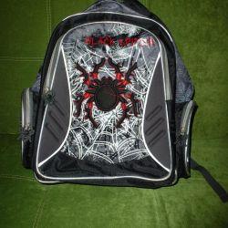 Рюкзак школьный с пауком 39х28х13 см