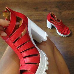 Yeni sandaletler 👠Türkiye