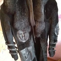 Bir taskanın kürkünden kürk ceket satacağım 42-44r)