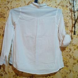 Blouse for school.