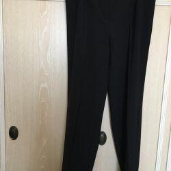 Παντελόνια για γυναίκες μεγέθους 50