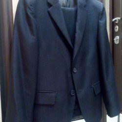 Suit gray r.138-140