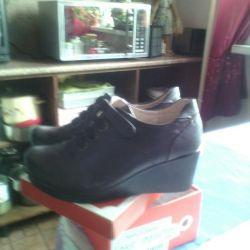 Shoe boots new, 38 size, wedge, leather, spring