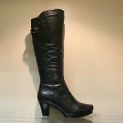 96. Winter boots, river 35 leather, natural