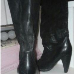 Autumn boots. 38