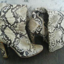 Θα πωλούν μπότες Ιταλία / δεύτερο χέρι python, χρόνος 38-39