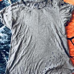 Leaky T-shirt