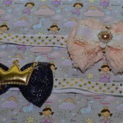 Dressings for babies.