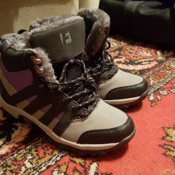 Γυναικεία παπούτσια. Νέο!