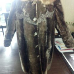 Fur coat 50-54