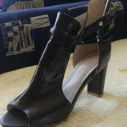 Παπούτσια νέα 40. Δέρμα