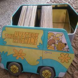 Kartlar ve göğüs Scooby Doo