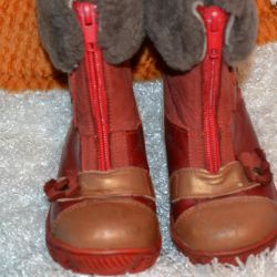 Winter boots made of genuine leather, fur