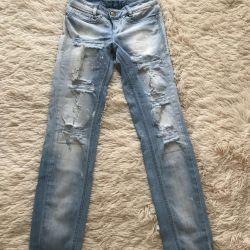 Yeni Kot pantolon Rossdisera (İtalya)