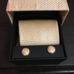 Kravat + kol düğmeleri