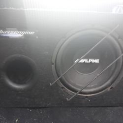 Subwoofer with amplifier exchange