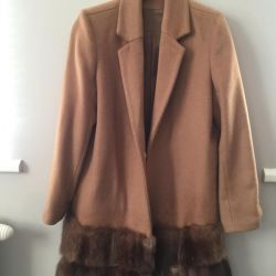 Coat with sable cashmere