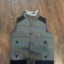 I will sell Gap vest on the boy