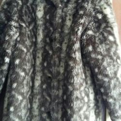 Fur coat (faux fur) with lining