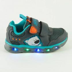 Sneakers mi mi bears Kakadu backlit. New
