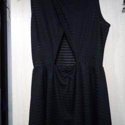 Черное платье с вырезом на пояснице46р(можно48)