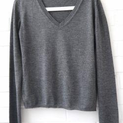 Base sweater Miu Miu. Original