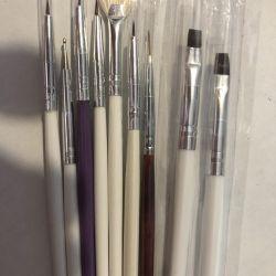 Gel brushes