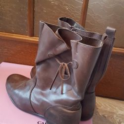 δερμάτινες μπότες (ισπανία)