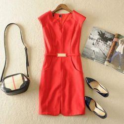 Κομψή γυναικεία φόρεμα νέα