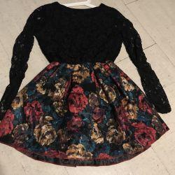 Rochie de guipure