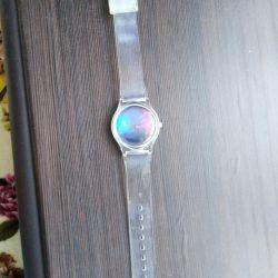 Ρολόι χειρός με διαφανή λουρί