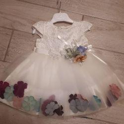Платье нарядное новое детское